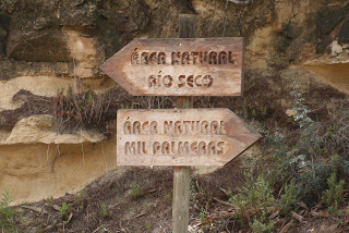 Signposting the way! (source – HeatherC)