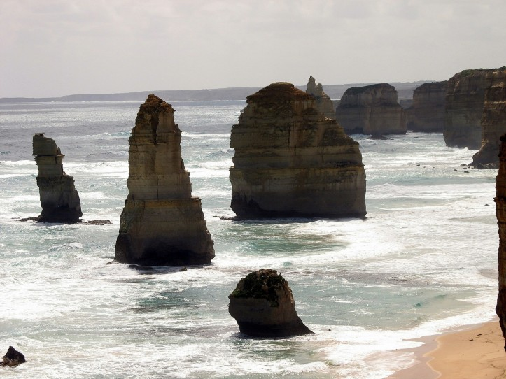 12-apostles-2005-great-ocean-road